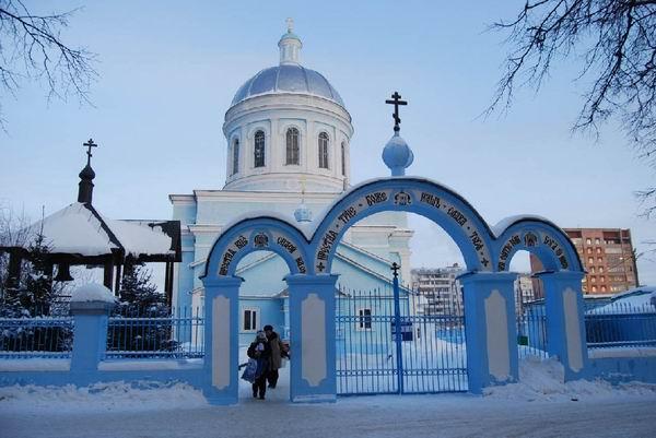 13 Троицкая церковь зимой